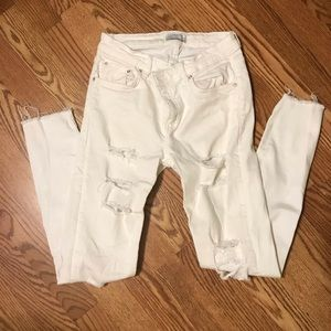 ZARA WOMAN Distressed White Jeans Sz 6